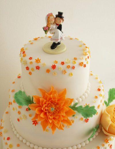 bryllupskage med hindbærmousse
