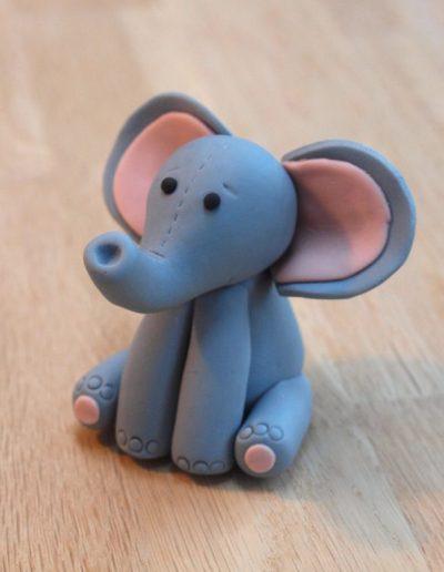 elefant topfigur til barnedåbskage