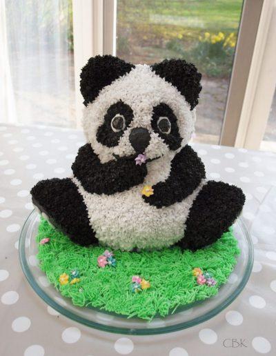 pandakage sort hvid med små blomster