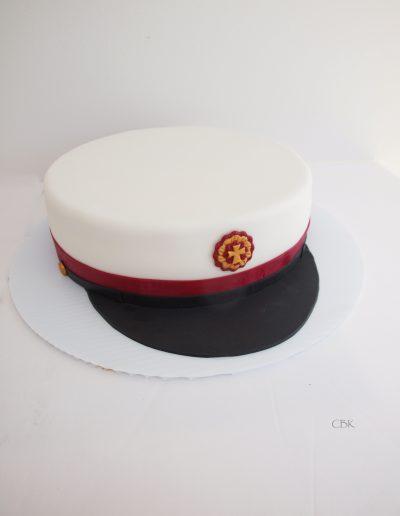kage lavet som rød stx studenterhue