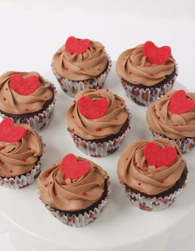 chokolade cupcakes med nutella frosting og pynt