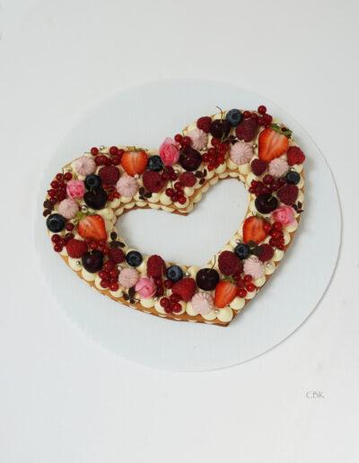 talkage som hjerte med røde bær